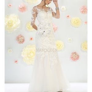 Wedding gown. Bridal dress with sleeveless new
